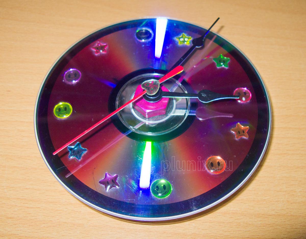 Как сделать часы из дисков своими руками